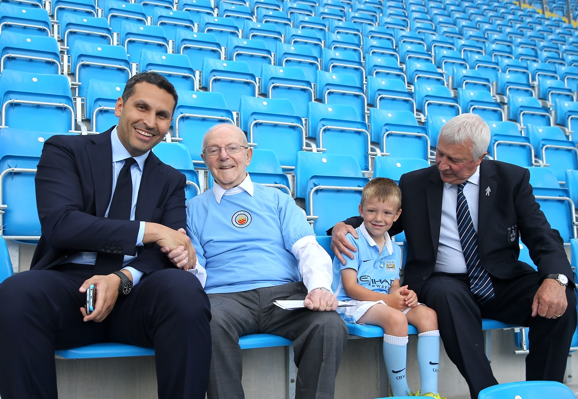 Chairman Khaldoon Al Mubarak and Mike Summerbee meet 100 year old Albert