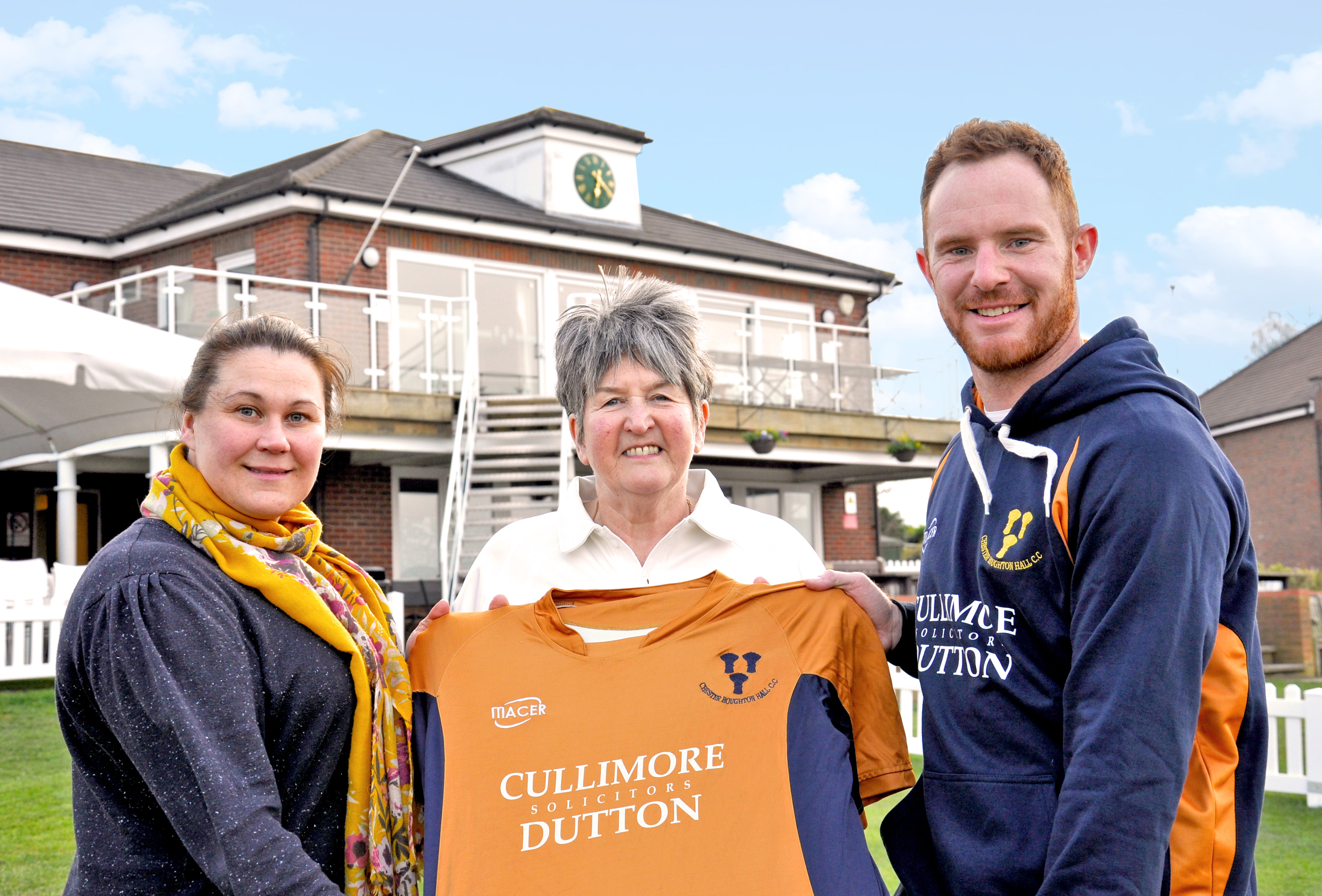 Adele Bebbington-Plant, Associate Solicitor Cullimore Dutton Solicitors, Di Totty, CBHCC Committee and First XI Captain, Rick Moore